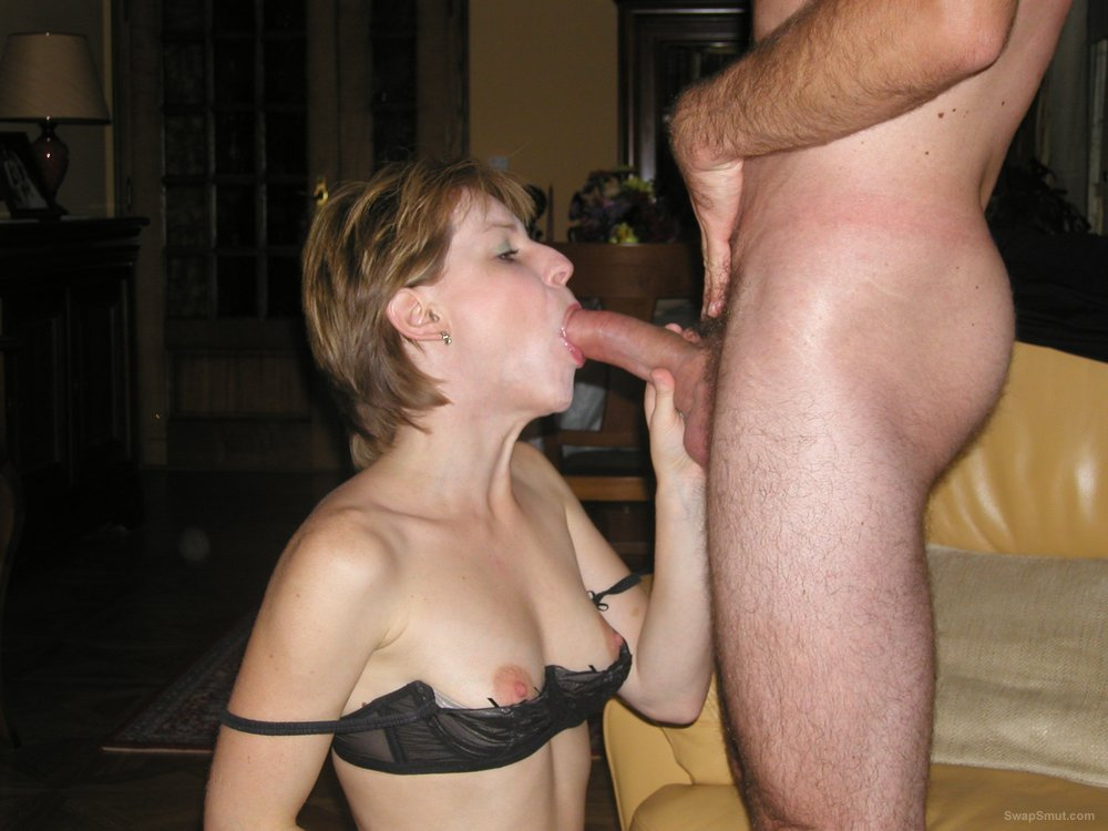 Amateur milf anal with strangers